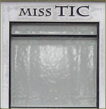 Window signage in Paris - 2004